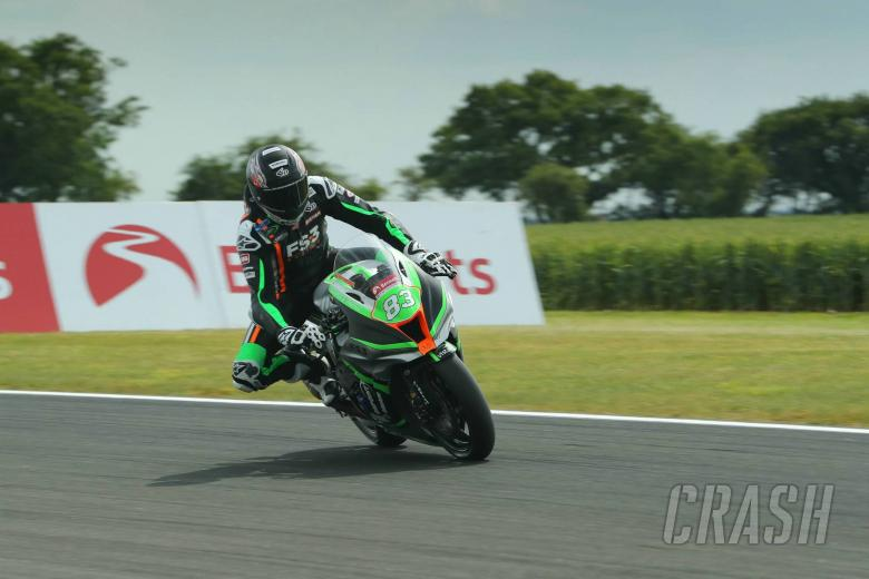 British Superbikes: Buchan leads Dixon by 0.005s