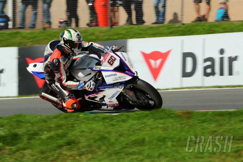 British Superbikes: Hickman survives scare to reach BSB Showdown