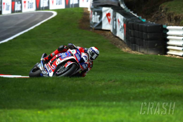 British Superbikes: Dixon on top before rain closes in at Oulton Park