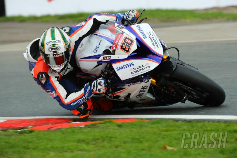 British Superbikes: Hickman remains with Smiths Racing BMW