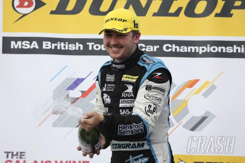 BTCC: Ingram remains at Speedworks Motorsport
