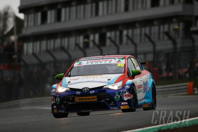 BTCC: Ingram bounces back from qualifying struggle to seize early points lead