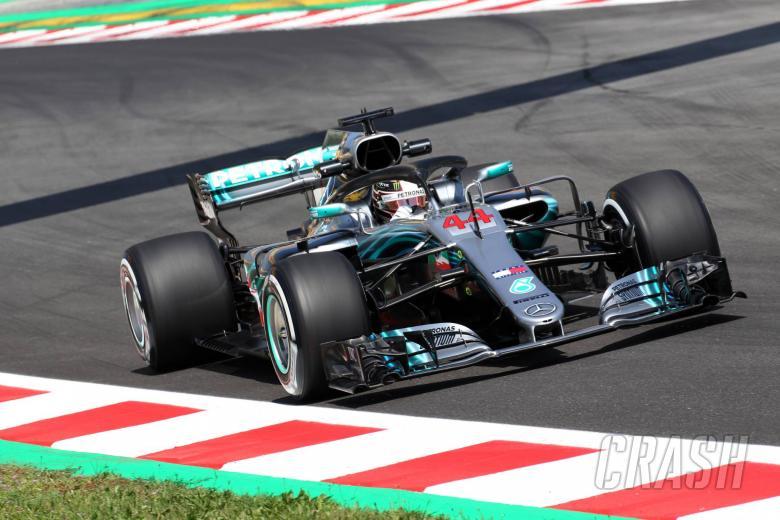 F1: Hamilton leads Ricciardo in mistake-ridden FP2 in Spain