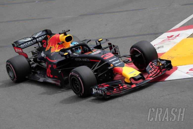 F1: Ricciardo fastest as Verstappen crashes hard in Monaco FP3