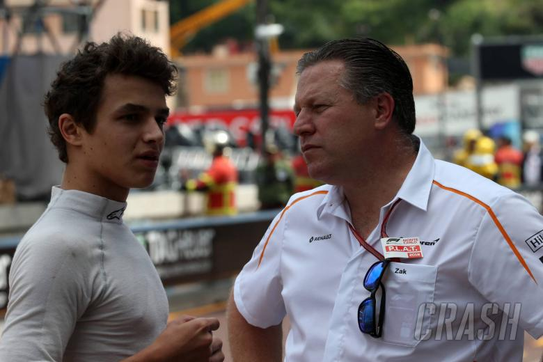 24.05.2018 - Free Practice 2, Lando Norris (GBR) Carlin and Zak Brown (USA) McLaren Executive Director