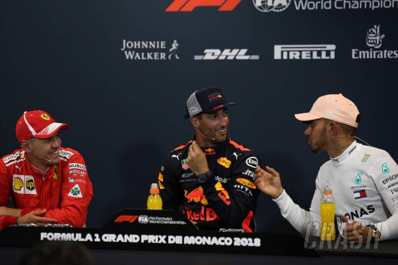 F1: F1 Gossip: Ricciardo doubts Hamilton, Vettel vetoed move