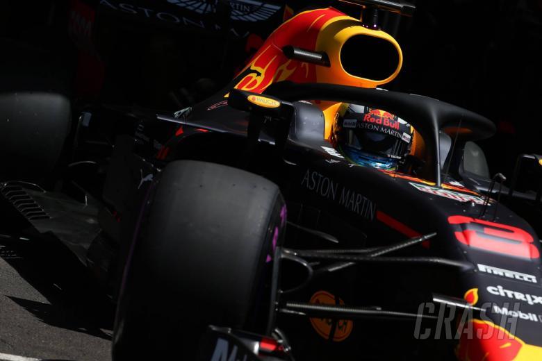 F1: Ricciardo sees Hamilton as biggest concern