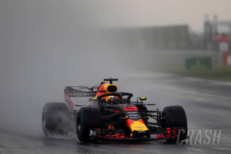Frustrated Ricciardo blames bad luck for shock Q2 exit in Hungary
