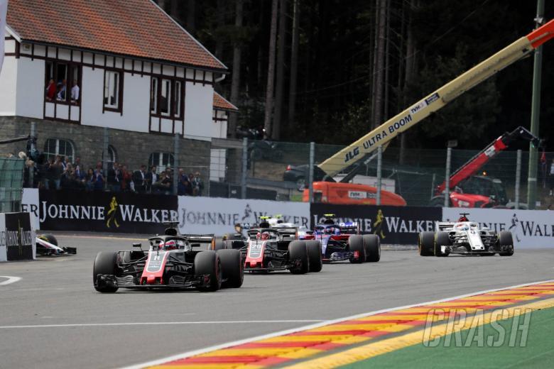 26.08.2018 - Race, Romain Grosjean (FRA) Haas F1 Team VF-18 leads Kevin Magnussen (DEN) Haas F1 Team VF-18