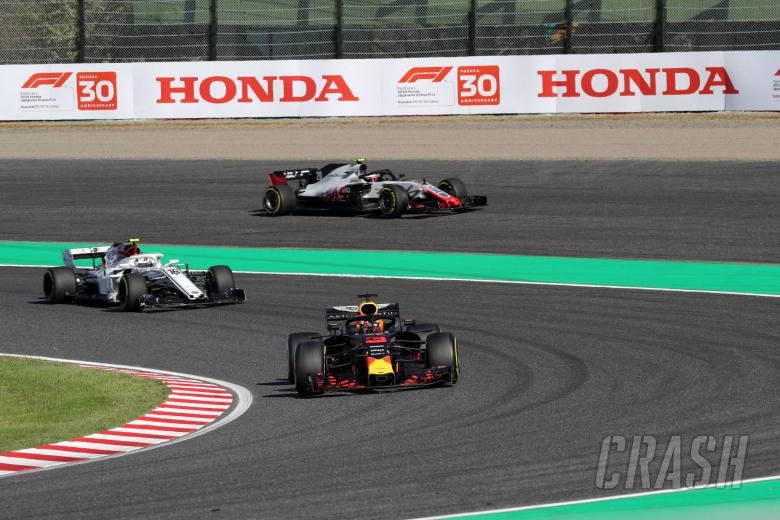 07.10.2018 - Race, Daniel Ricciardo (AUS) Red Bull Racing RB14 leads Charles Leclerc (MON) Sauber C37 and Kevin Magnussen (DEN) Haas F1 Team VF-18