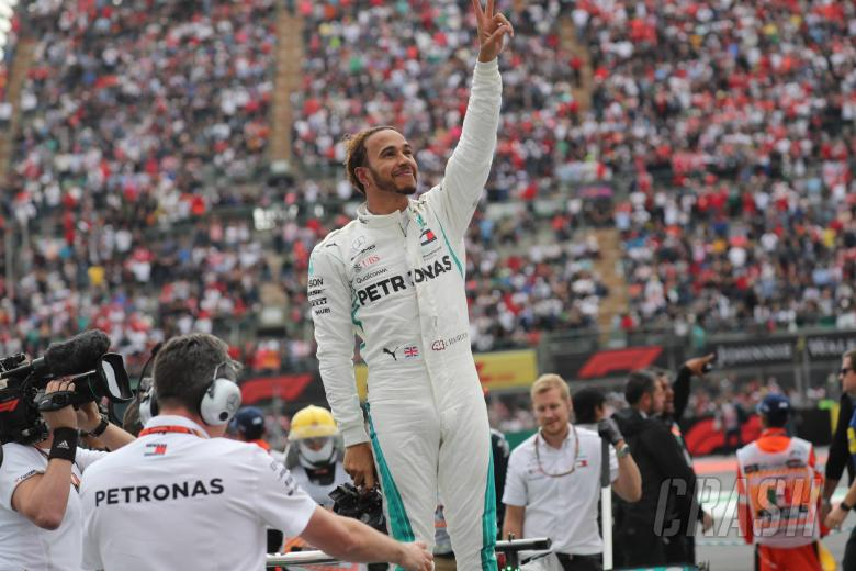F1: Hamilton reveals grandfather died days before title win