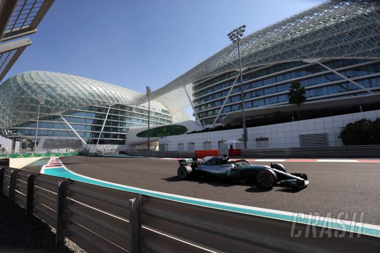 F1: Hamilton ends Abu Dhabi practice fastest as Ricciardo hits trouble