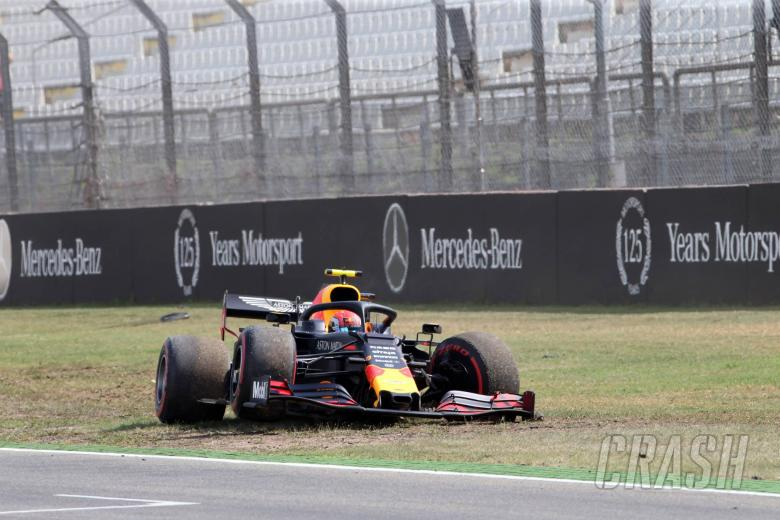 "Horner says Gasly's FP2 crash ""annoying"" for Red Bull"
