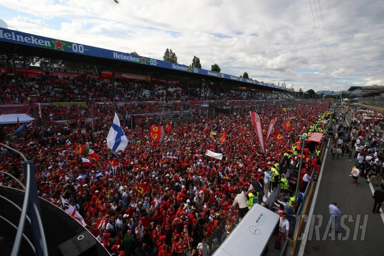 08.09.2019 - Race, Fans