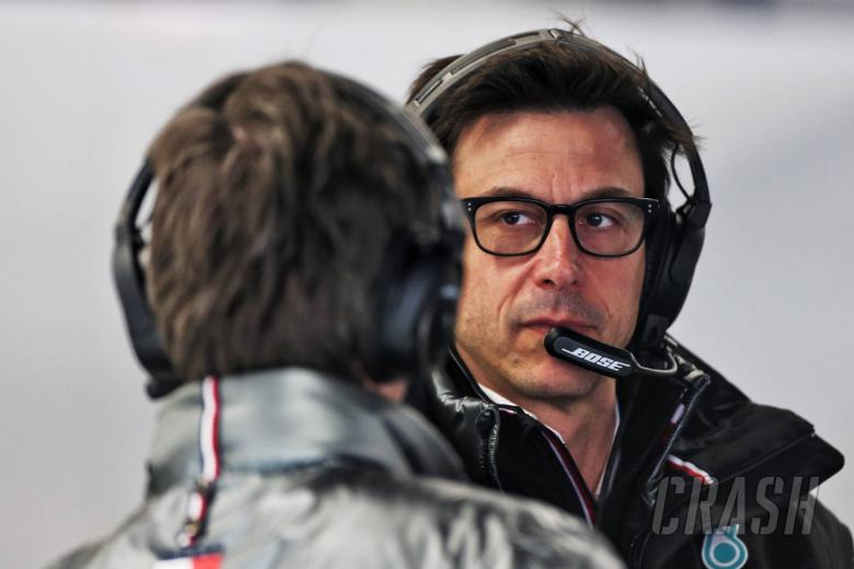 Mercedes F1 boss Wolff buys shares in Aston Martin
