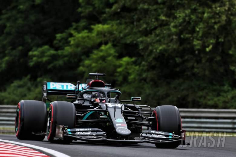 Hamilton menciptakan kecepatan yang luar biasa dalam pembukaan latihan GP F1 Hongaria