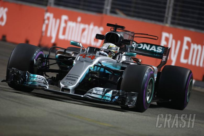 F1: Hamilton takes crucial Singapore win as Vettel crashes out