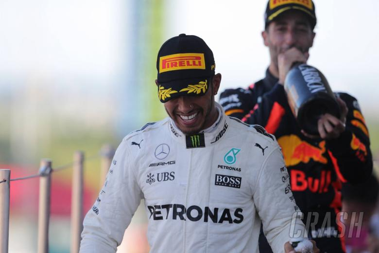 Hamilton 'not taking silly risks' to seal 2017 F1 title
