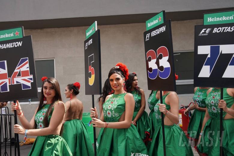 F1: Carey: F1 will still have 'pretty girls' at races