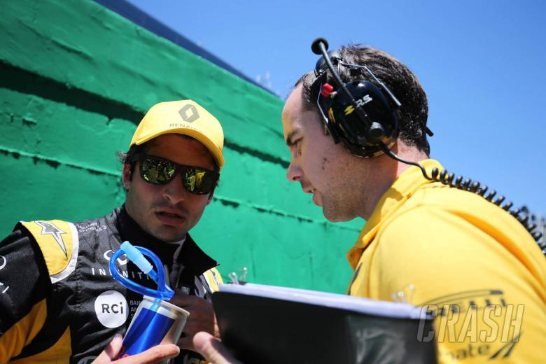 F1: Sainz 'starting to feel at home' in Renault F1 car