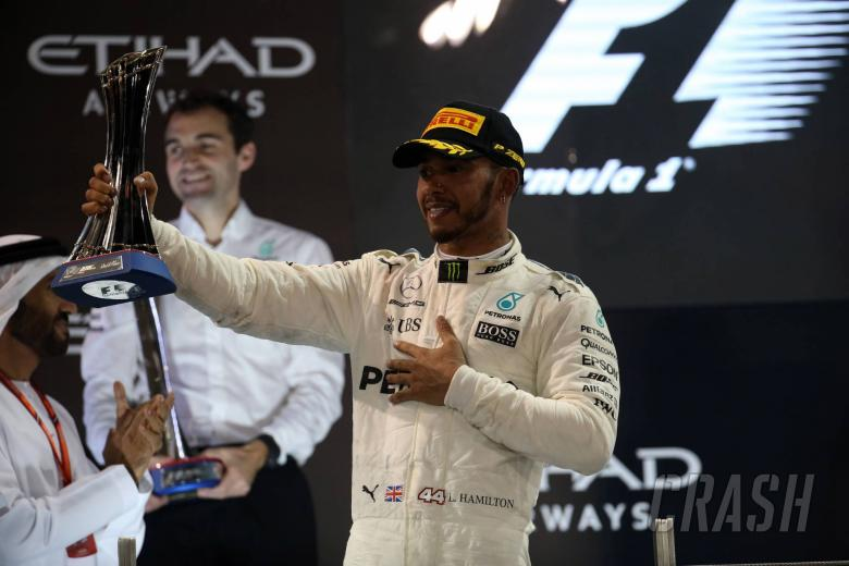 F1: Hamilton and Mercedes 'a million times closer' than at end of 2016