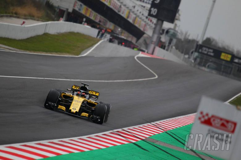 F1: Sainz predicts 2s lap gain around Barcelona F1 circuit