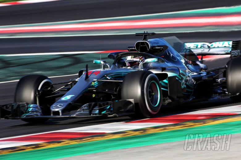 F1: Hamilton brushes off Vettel's track record pace
