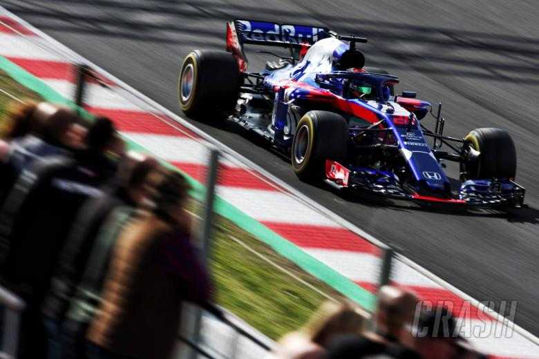 F1: Hartley: Atmosphere at Toro Rosso improved with Honda