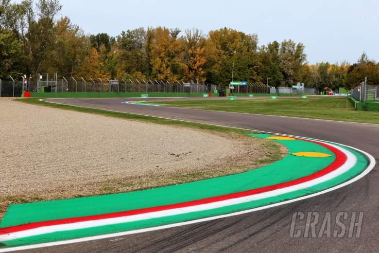 Circuit atmosphere - track detail.
