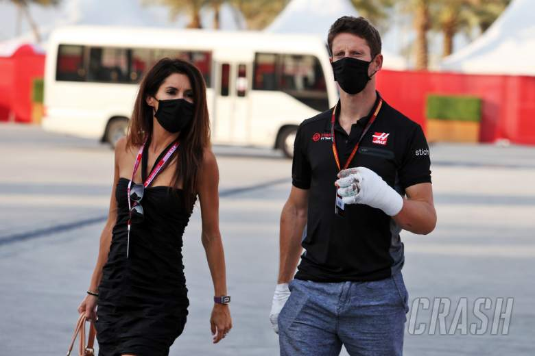 Romain Grosjean (FRA) Haas F1 Team with his wife Marion Grosjean (FRA).