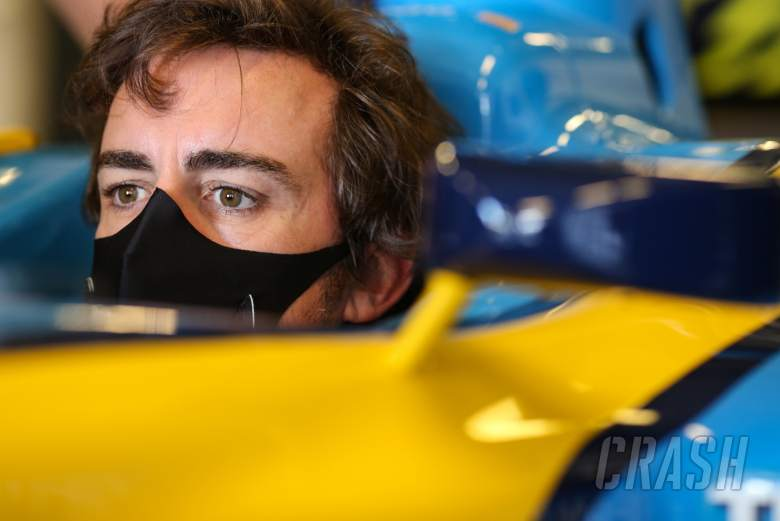 Fernando Alonso (ESP) Renault F1 Team in the 2005 Renault R25.
