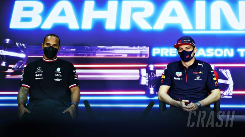 (L to R): Lewis Hamilton (GBR) Mercedes AMG F1 and Max Verstappen (NLD) Red Bull Racing in the FIA Press Conference.