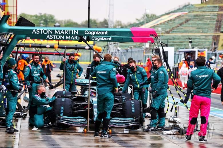 Sebastian Vettel (GER) Aston Martin F1 Team AMR21 in the pits before the start of the race.