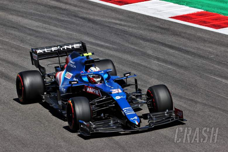 Esteban Ocon (FRA) Alpine F1 Team A521.