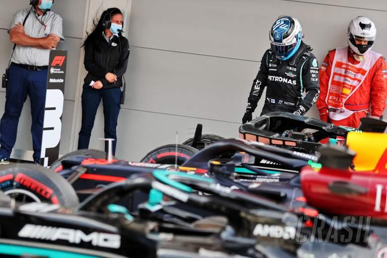 Valtteri Bottas (FIN) Mercedes AMG F1 W12 in parc ferme.