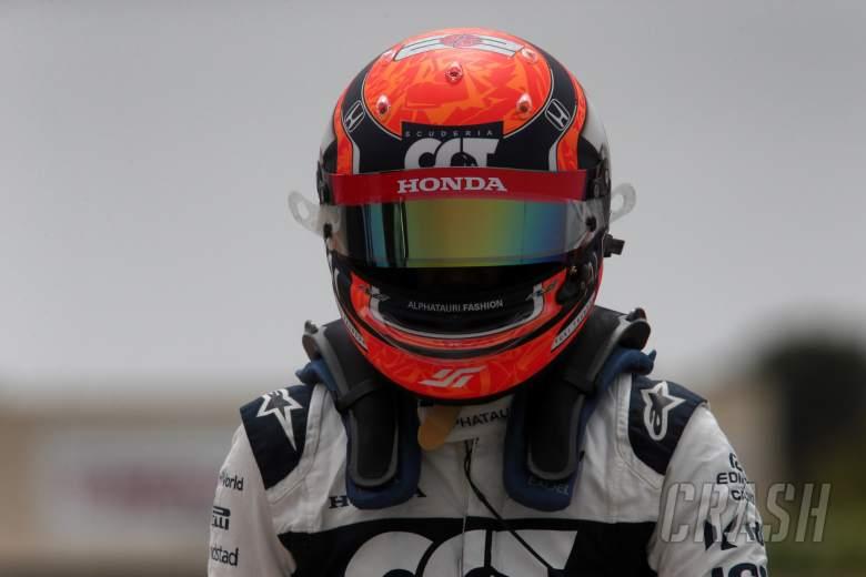 Yuki Tsunoda (JPN) AlphaTauri crashed in qualifying.