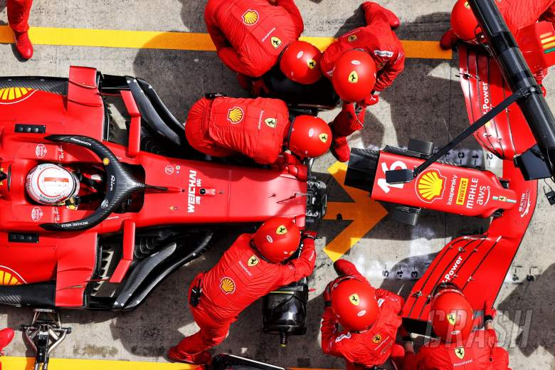 Charles Leclerc (MON) Ferrari SF-21 makes a pit stop to change a nosecone.