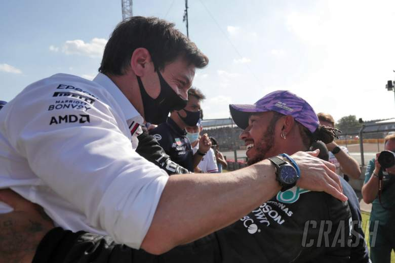 Race winner Lewis Hamilton (GBR) Mercedes AMG F1 celebrates at the end of the race with Toto Wolff (GER) Mercedes AMG F1 Shareholder and Executive Director.