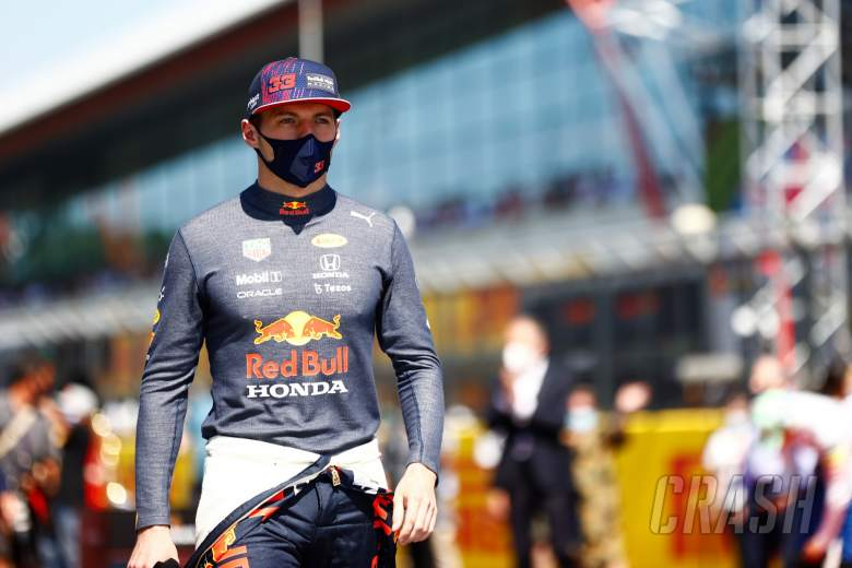 Max Verstappen (NLD) Red Bull Racing on the grid.