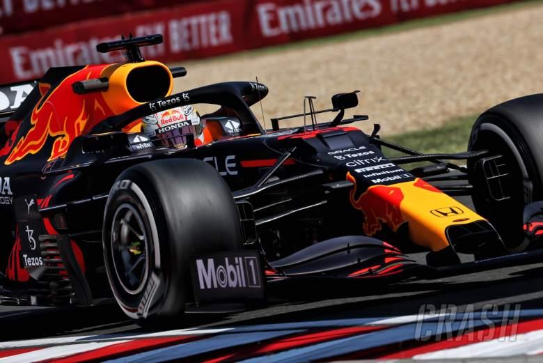Max Verstappen (NLD) Red Bull Racing RB16B.