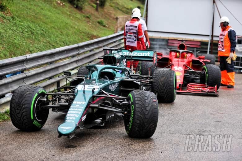 The damaged, retired cars of Lance Stroll (CDN) Aston Martin F1 Team AMR21 and Charles Leclerc (MON) Ferrari.