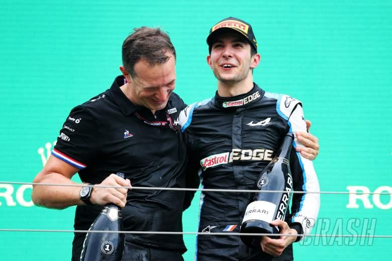 Race winner Esteban Ocon (FRA) Alpine F1 Team celebrates on the podium with Laurent Rossi (FRA) Alpine Chief Executive Officer.
