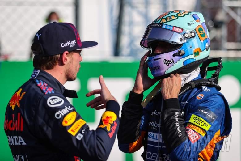 Max Verstappen (NLD), Red Bull Racing and Daniel Ricciardo (AUS), McLaren F1 Team