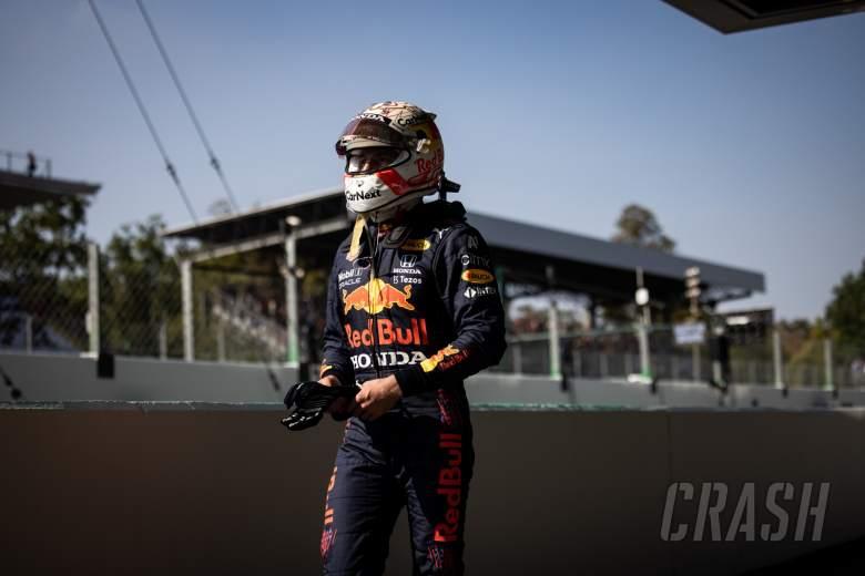 Max Verstappen(NLD)红牛赛车退出比赛。