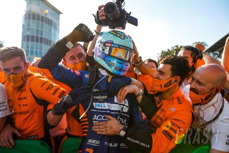 Race winner Daniel Ricciardo (AUS) McLaren celebrates with the team in parc ferme.