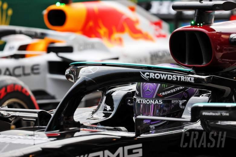 Fastest in qualifying Lewis Hamilton (GBR) Mercedes AMG F1 W12 in qualifying parc ferme.