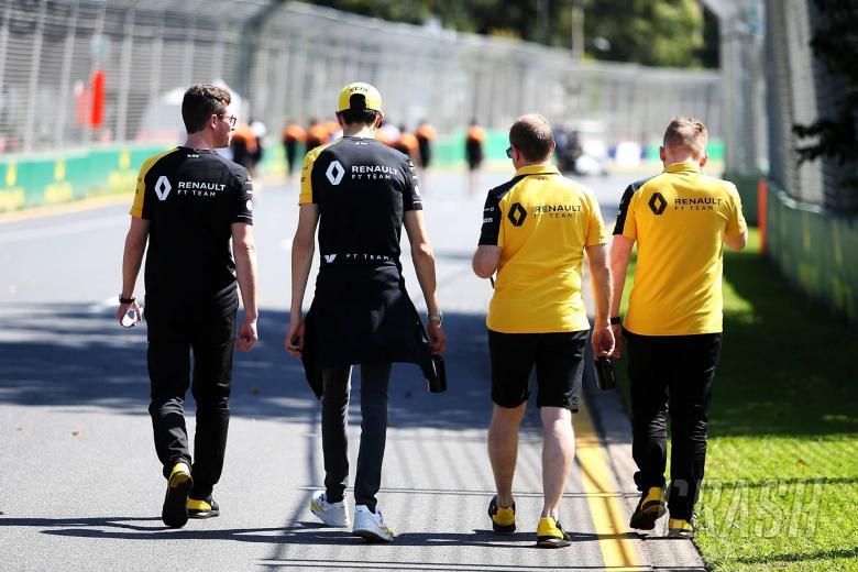 """Renault furloughs """"vast majority"""" of F1 staff"""