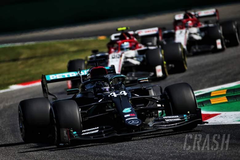 "Monza F1 qualifying traffic will be a ""nightmare"" - Hamilton"