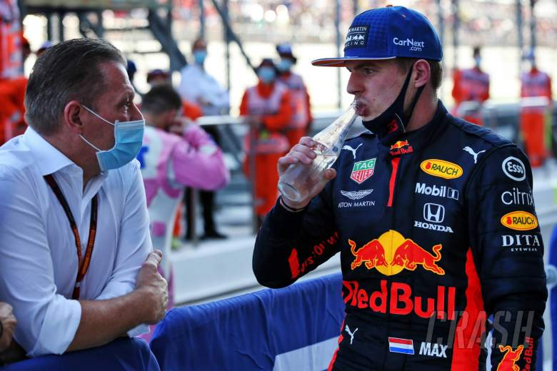 Max Verstappen (NLD) Red Bull Racing with his father Jos Verstappen (NLD) in parc ferme.