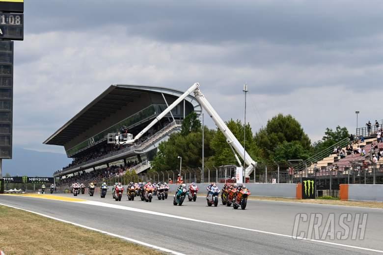 Race start, Moto2 race, Catalunya MotoGP 6 June 2021